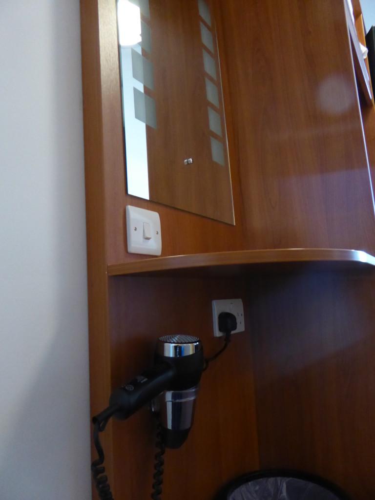 PREMIER INN HOTEL BELFAST TITANIC QUARTER