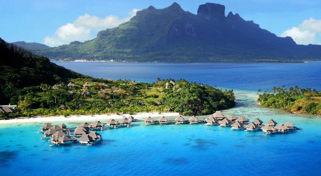 Beautiful-Travel-To-Rangiroa-French-Polynesia-1600x877